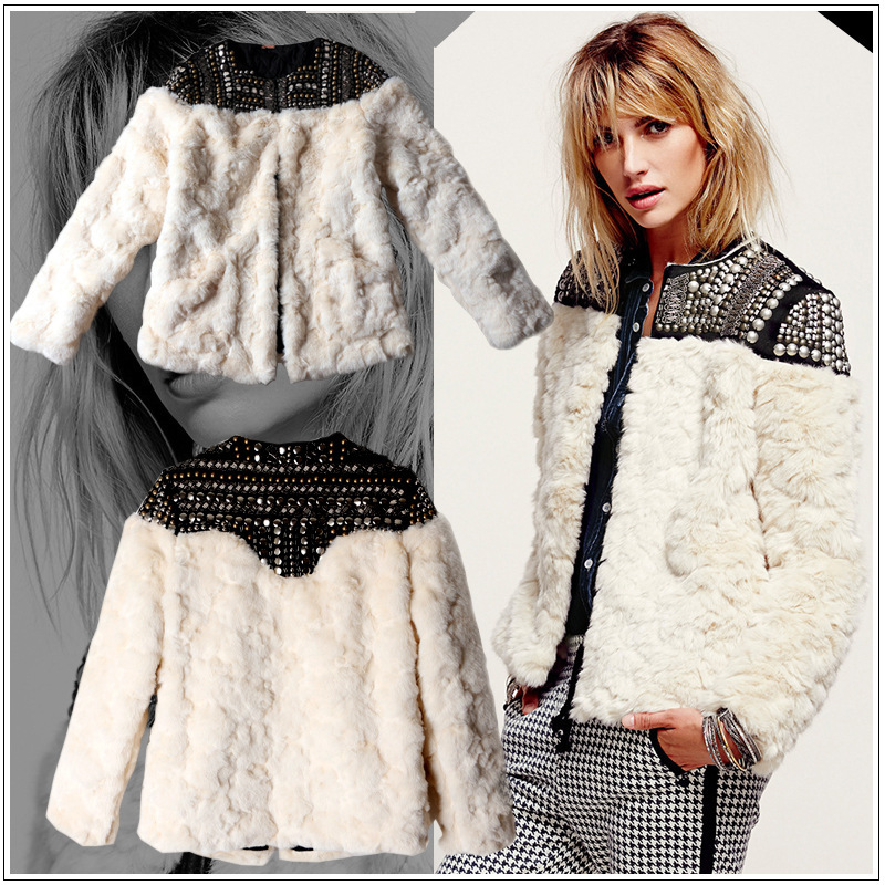 2019 nouveau mode Europe marque femmes hiver laine fourrure manteau beige à manches longues perles patchwork épais chaud vestes et manteaux S2691-in Fausse fourrure from Mode Femme et Accessoires    2