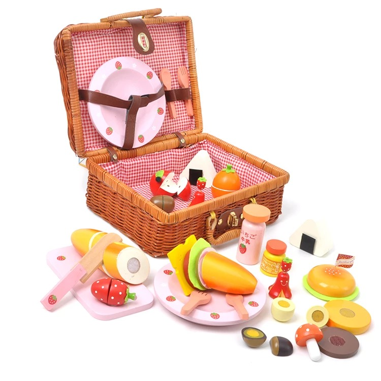 Baby Toys Mother Garden Strawberry Picnic Basket Set Wooden Toys Rattan Basket Food Toys Baby Educational Birthday Gift детская сумка 004 mother garden