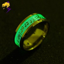 Trendy Piano Music Note Lichtgevende Ringen voor Mannen Vrouwen Groen Licht Rvs Glow in Dark Wedding Band Ringen Mode sieraden(China)