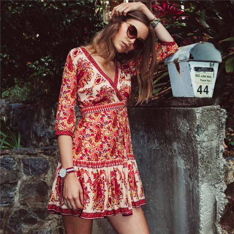 2017 Europe And America Style New Arrive Woman Beach Dress Sexy Casual Retro Flower Beach Cover