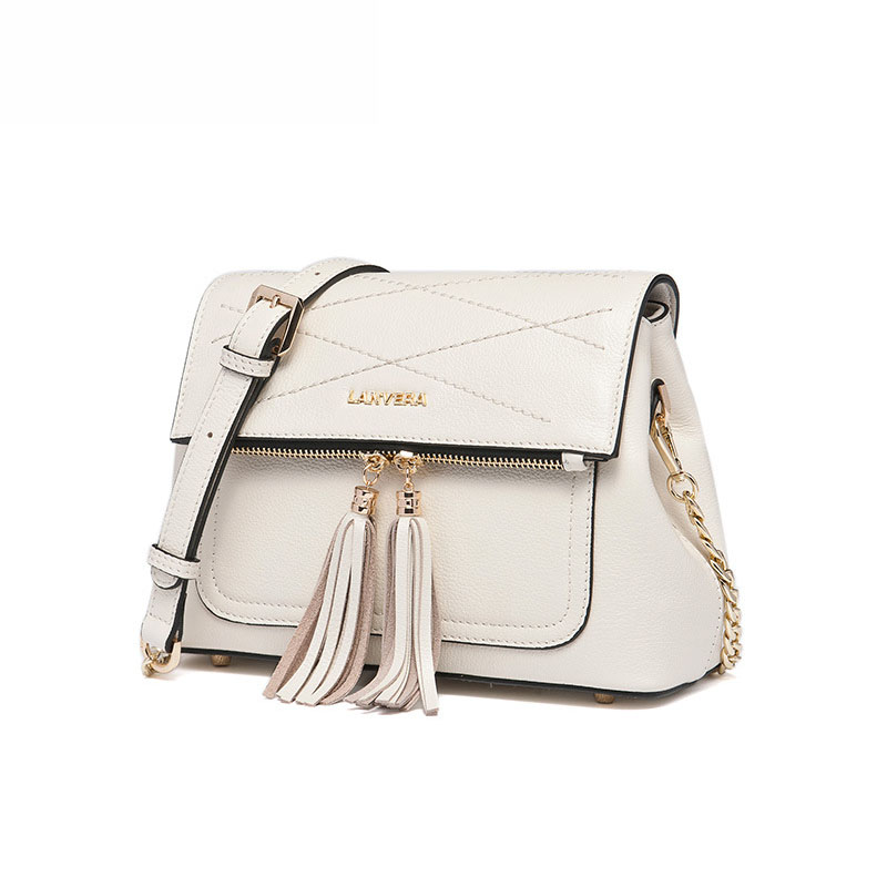 The new Korean version of the square side of the leather bag fashionable first layer of leather shoulder straps cross tassel han new korean version of the first layer of leather pillow bag large lychee pattern handbag shoulder messenger fashion leather leat