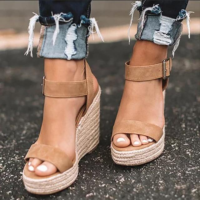 957e51179 Além de 35 43 Mulheres Cunhas Plataforma Peep Toe Sapatos Verão Dos Saltos  Altos Sandálias Leopardo Senhoras Sandalia Feminina WF237