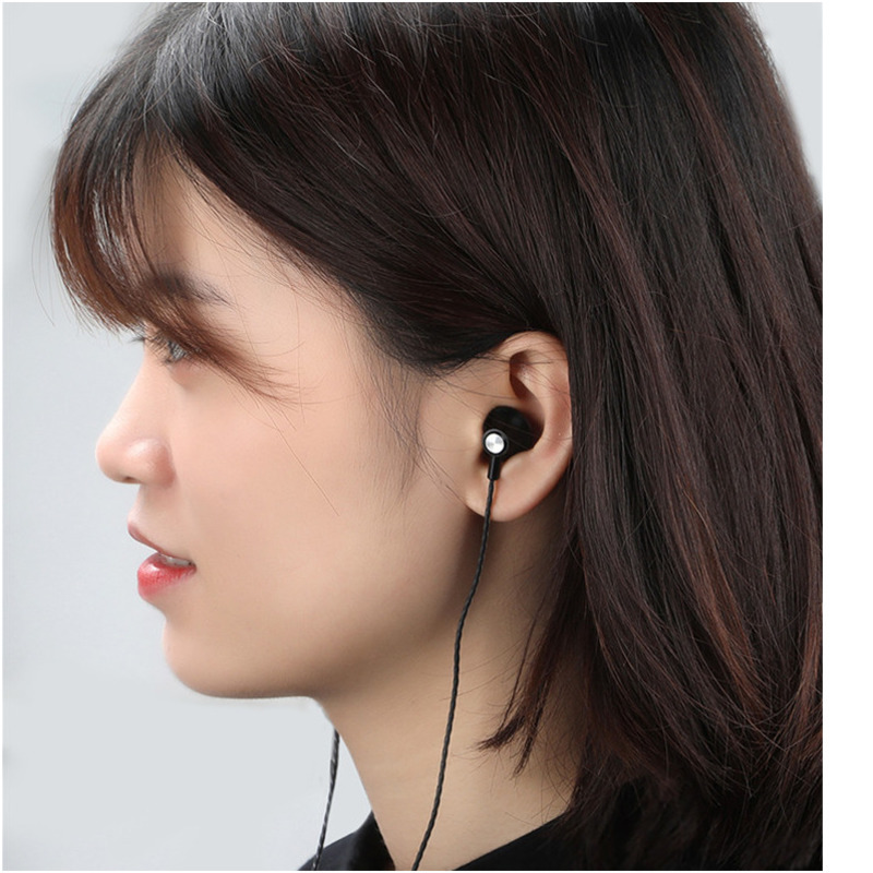 Wired Music Stereo Handsfree Earphone Sports Headphones With Microphone Game Headset For Xiaomi Huawei Samsung sh in Phone Earphones Headphones from Consumer Electronics