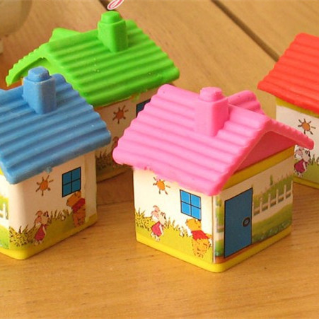 2pcs/lot New Novelty Cartoon Simulation House Mini Eraser Rubber Office And Study Eraser Kids Gift