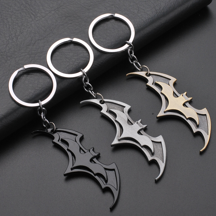 Bat Car Keychain for Bag Accessories Key Hanging Pendant Chains Ring Women Men