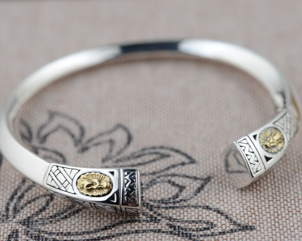 HFANCYW New Arrival 925 Silver Thai Silver Matte Craft Bracelet Female Opening Size Style Solid Silver Bangle Birthday GiftHFANCYW New Arrival 925 Silver Thai Silver Matte Craft Bracelet Female Opening Size Style Solid Silver Bangle Birthday Gift