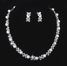 New Arrival  Luxurious pearl wedding jewelry sets Top quality  rhinestone Necklace sets for Bride wedding jewelry sets