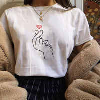 Korean Style Fashion Kpop Finger Heart Gesture Print T-shirt Women Clothes Summer Harajuku Short Sleeve Ulzzang Graphic Tees Top