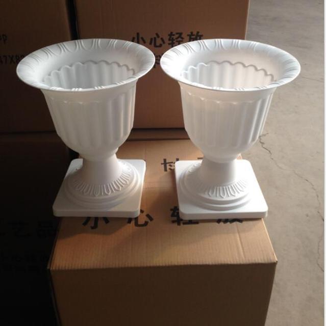 Großhandel Weiße Kunststoff Trompete Vase PVC Römischen Blumentöpfe ...