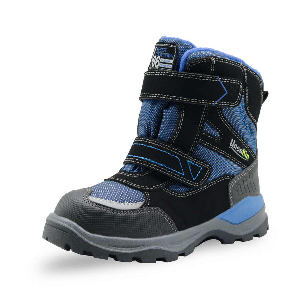 6583118ca0071 ... Apakowa Boots for Children Boys Cold Weather Waterproof Hiking Outdoor  Sports Snow Boots with Reflective Strip ...