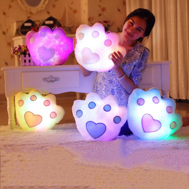 Горячая 40*32 см Kawaii Подушку Сердце Изменение Цвета Световой Подушка со Светодиодной Подсветкой Мягкие Чучела Животных Куклы Игрушки для Детей Подарок