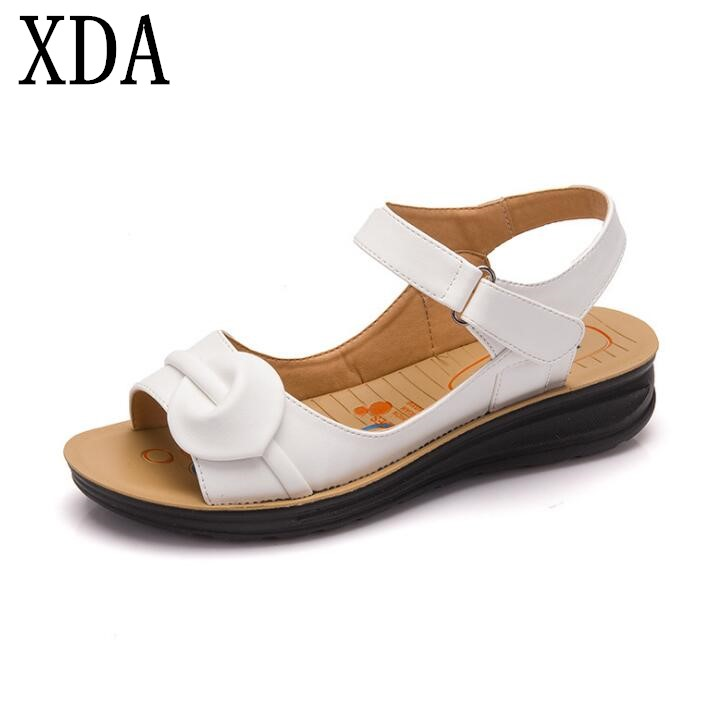XDA 2018 new style genuine leather Casual Flat Sandals Summer Leather Shoes Woman Vintage Ankle Wrap Shoes Women sandals F153
