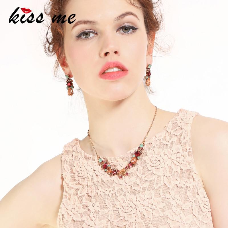KISS ME Red Green Acrylic Crystal Geometric Choker Necklace Latest Luxury Jewelry Women Statement Necklace retro geometric bubble resin statement choker necklace vintage jewelry