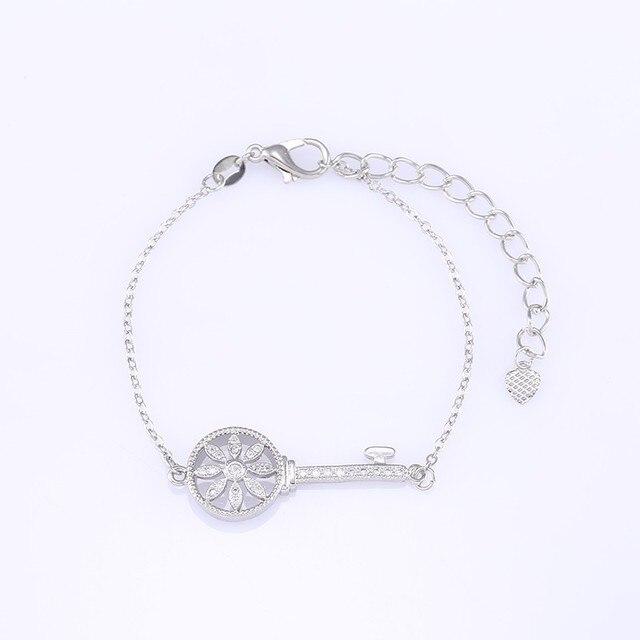 Micro Paved AAA Zircon Bracelet Key Flower Shape Bracelet
