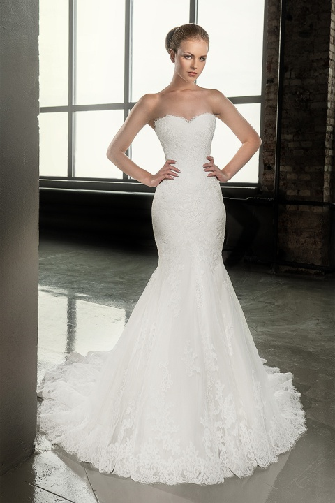 Gentle For The Modern Lace Applique Mermaid Wedding Dress With