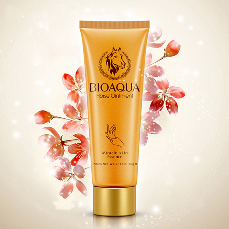 1PCS Women Skin Care Horse Ointment Miracle Moisturizing Whitening Anti Aging Hand Lotion Creams