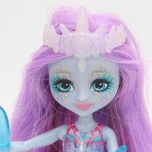 Image 4 - Enchantimals בובות צעצועי FKV54 דולצ ה דולפין Largq Jessa מדוזה מריסה Clarita דגי ליצן קרקור איור סט דגם אופנה בובה