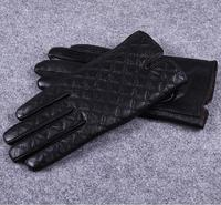 2017 Plaid Fashion Elegant Men S Thermal Suede Short Design Gloves Thermal Genuine Leather Fingers Gloves