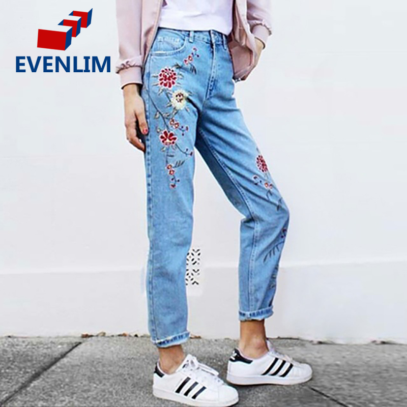 EVENLIM Sping Pockets Straight Jeans with Flower Embroidery Jeans Female Light Blue Casual Pants Capris Women Bottom New DRT366 women jeans vintage flower embroidery high waist pocket straight jeans female bottom light blue hole casual pants capris new