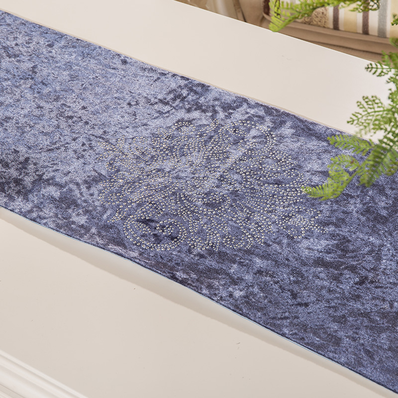 England Upscale Hot drilling Velvet  Elegant Pattern Table flag Home - Home Textile - Photo 3