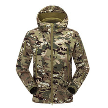2015 Men Women Outdoor Jacket Camouflage Soft Shell Military Tactical Jacket Camping Hiking Ski Jackets Sport Coats
