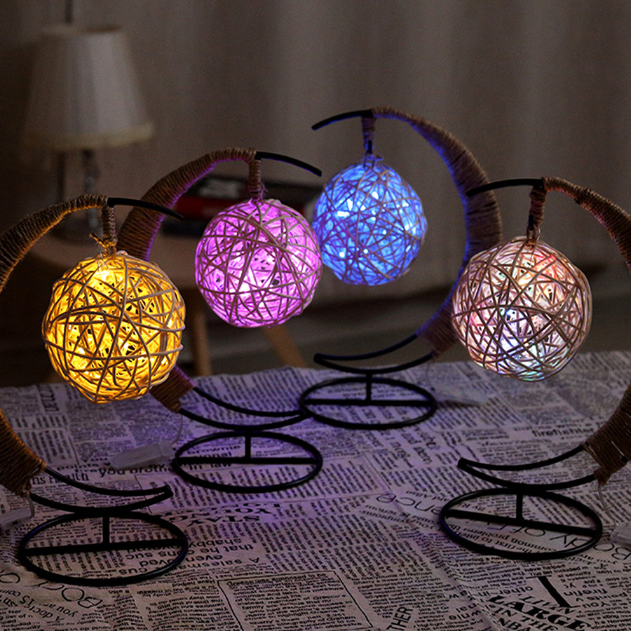 YWXLight Night Light Apple Round Sepak takraw Shape Romantic Creative Design LED Light Decoration ChandelierTable Lamp