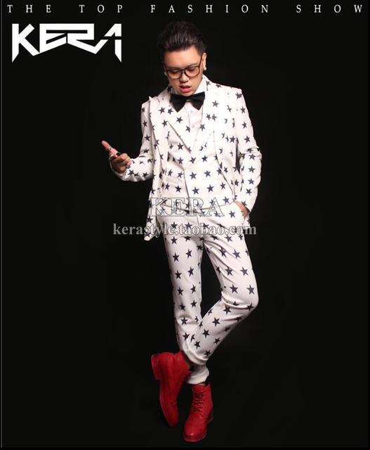 Hot 2016 novos homens de roupas direito Zhi - long jacket branco com preto de estrelas calças plissadas terno dos homens de colete trajes de casamento vestido
