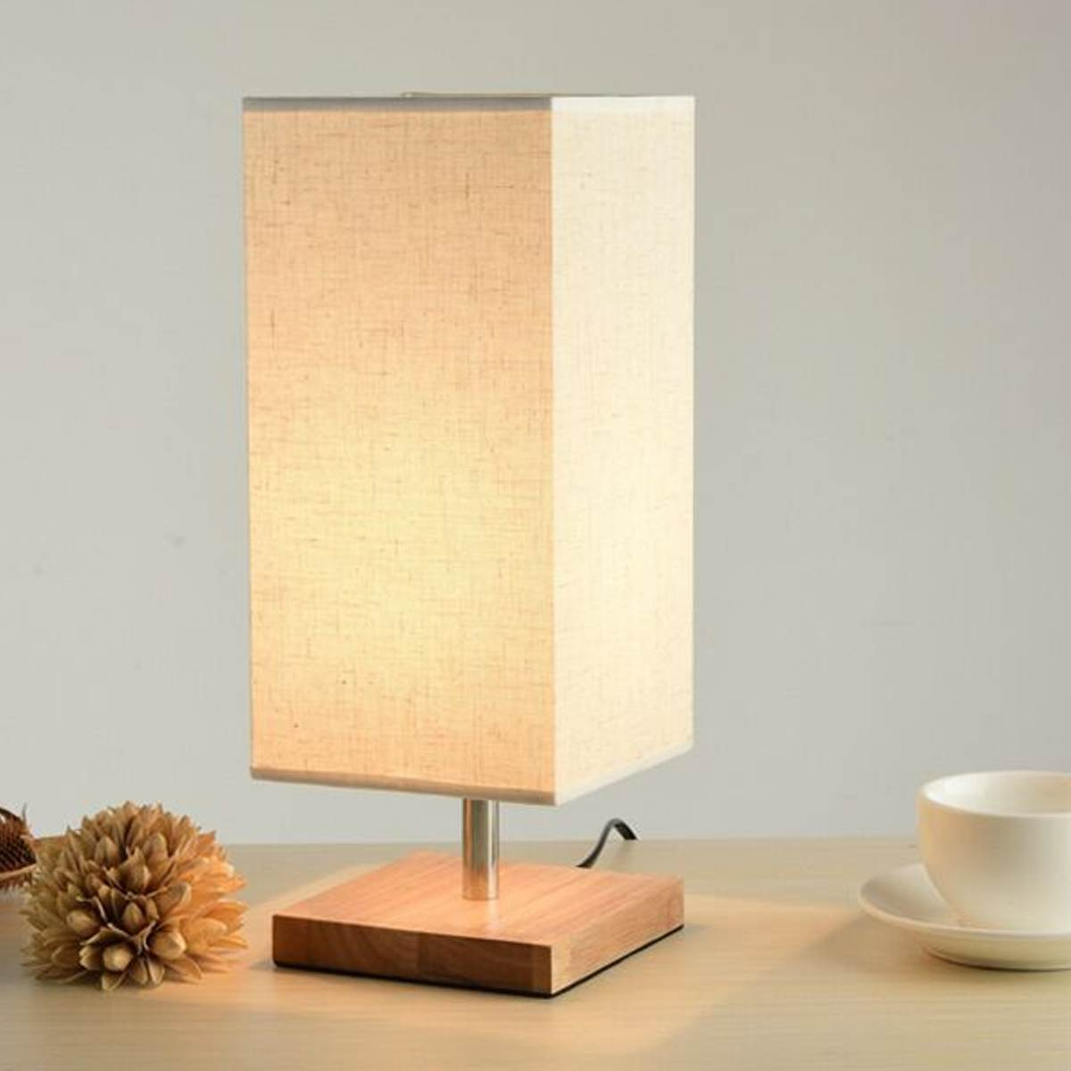 Modern Desk Lamp With Fabric Shade Solid Wood Base E27 220v