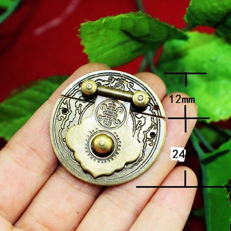где купить Antique Chinese Furniture Brass Flower Handle Lock Hasp Jewelry Wooden Box Locking Buckle Hasp Lock Latch,36mm,1PC дешево