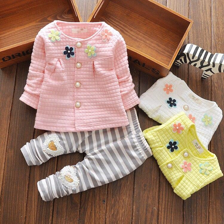 Conjuntos de ropa de bebé de moda 2017 primavera otoño niños bebés niñas ropa de manga larga t-shirt + Pants 2Pcs trajes niños ropa