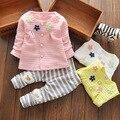 Nova roupa do bebê do outono para o bebê bonito do Teste Padrão dos desenhos animados T-shirt + calças roupas de algodão, Terno moda Bebê Menina a Roupa do bebê