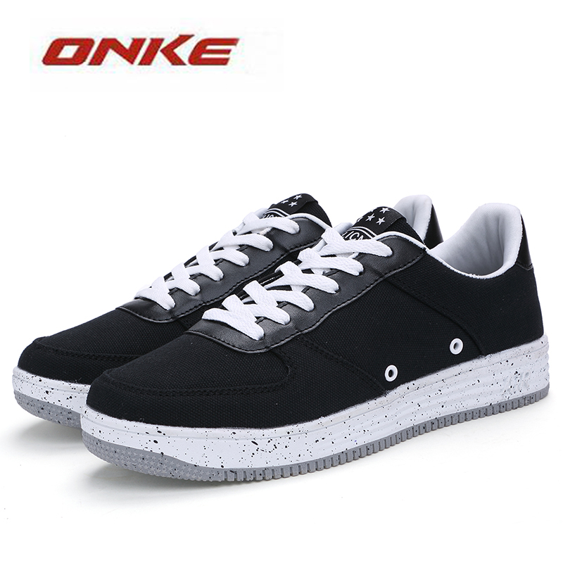 2017 Popular Men Black Solid Colors Outdoor Sneakers Daily Lifestyle Antibacterial Sneaker Spring Summer Autumn Male Shoes technogel deluxe 11