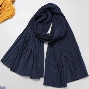 Image 5 - Een Stuk Vrouwen Wraps Lange Sjaals Moslim Crinkle Ruche Hijaabs Solid Plain Geplooide Chiffon Hijab Sjaal