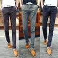 Nuevos hombres ocasionales adelgazan pantalones de tela escocesa de la moda de negocios pantalones pantalones a cuadros de estilo británico cuadros clásicos pantalones ocasionales del algodón