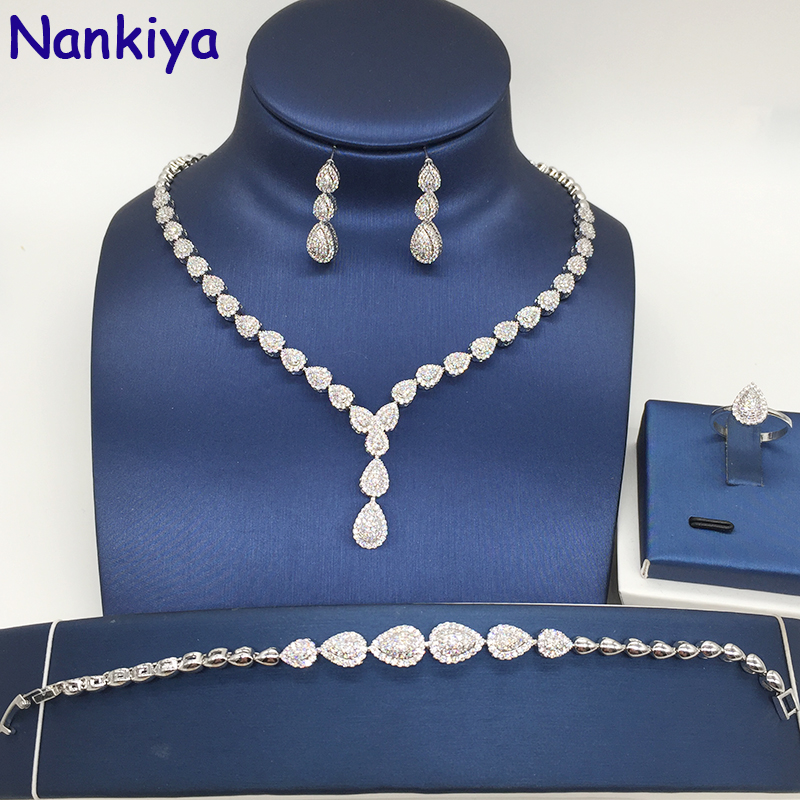 Nankiya Elegante Micro Pavimentato Zirconia Ottone Gioielli Da Sposa Set Waterdrop Collana Sveglia Orecchino 4 pz Dubai Set per la Donna NC150