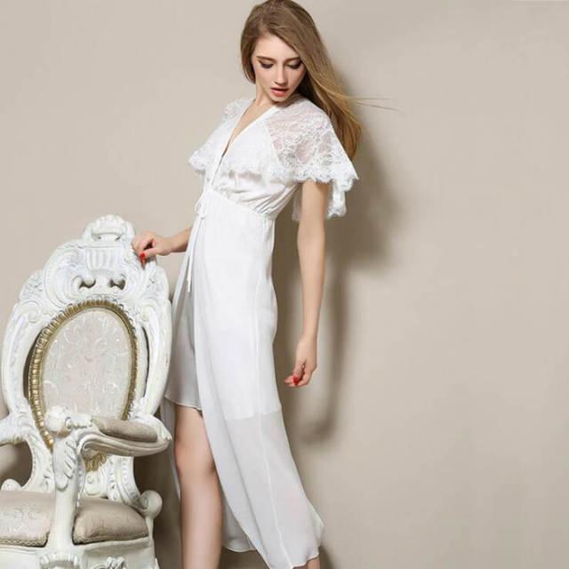 d3382315489 Witte Nachtjapon Lange Nachtjapon Plus Size Romantische Nightgowns Lente Sexy  Luxe Zijde Diepe V Chemise De