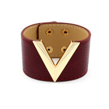 2017 Women Fashion Pop V Word Simple Wide Leather Hand Bracelet Classic All match Punk Ladies Bangle Jewelry