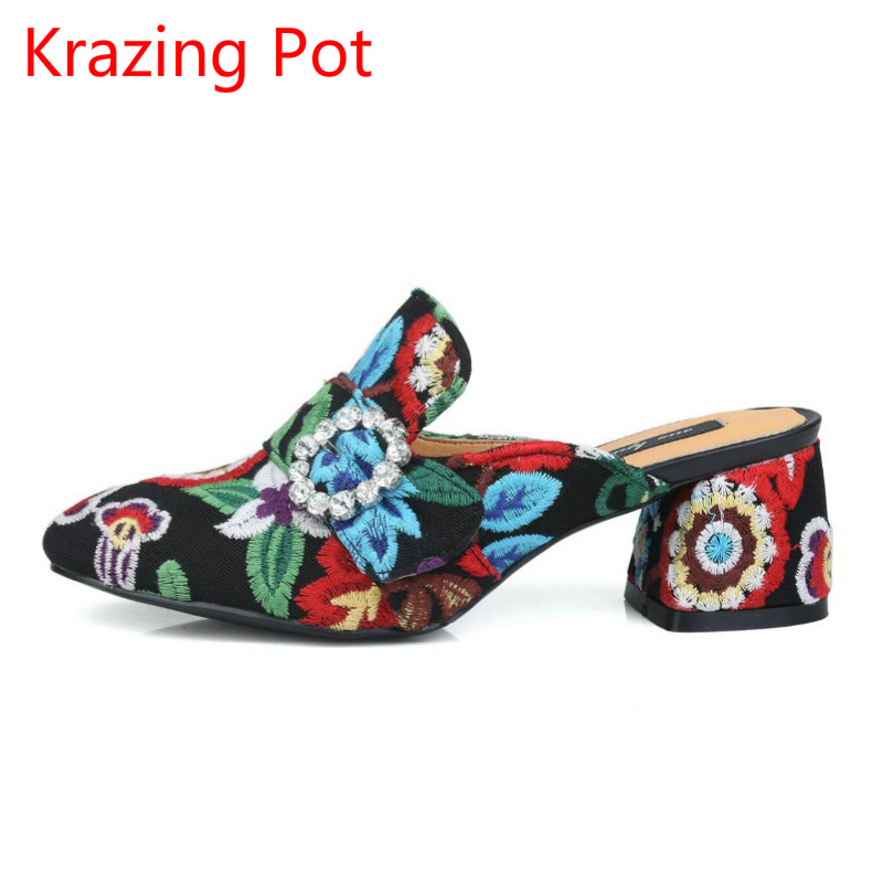 2017 Fashion Slip on Embroidery Brand Shoes Crystal Buckle High Heels Casual Round Toe Women Pumps Party Slingback Sandals L29 fashion slip on brand shoes crystal buckle high heels casual round toe women pumps embroidery party sandals chinese style l29