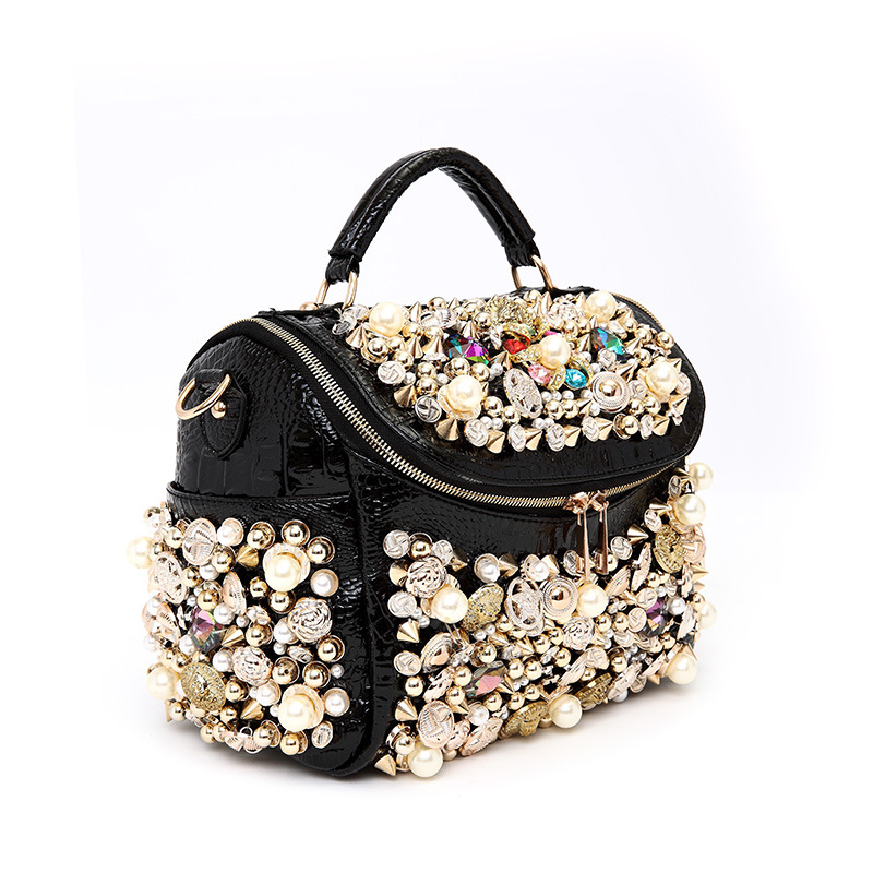 Women Bags Purse Lady Bag Tote Bolsos Messenger Bags Famous Designers Leather Sac Handmade Beaded Diamond