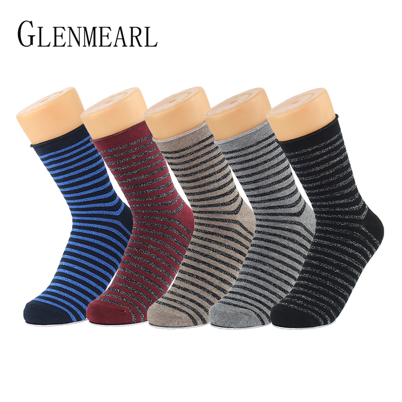 5 Paar / Lot Glitter Cotton Damen Socken Lurex Spring Fall Gestreifte Kompression Coolmax Marke Shiny Hosiery Short Ankle Weibliche Socken