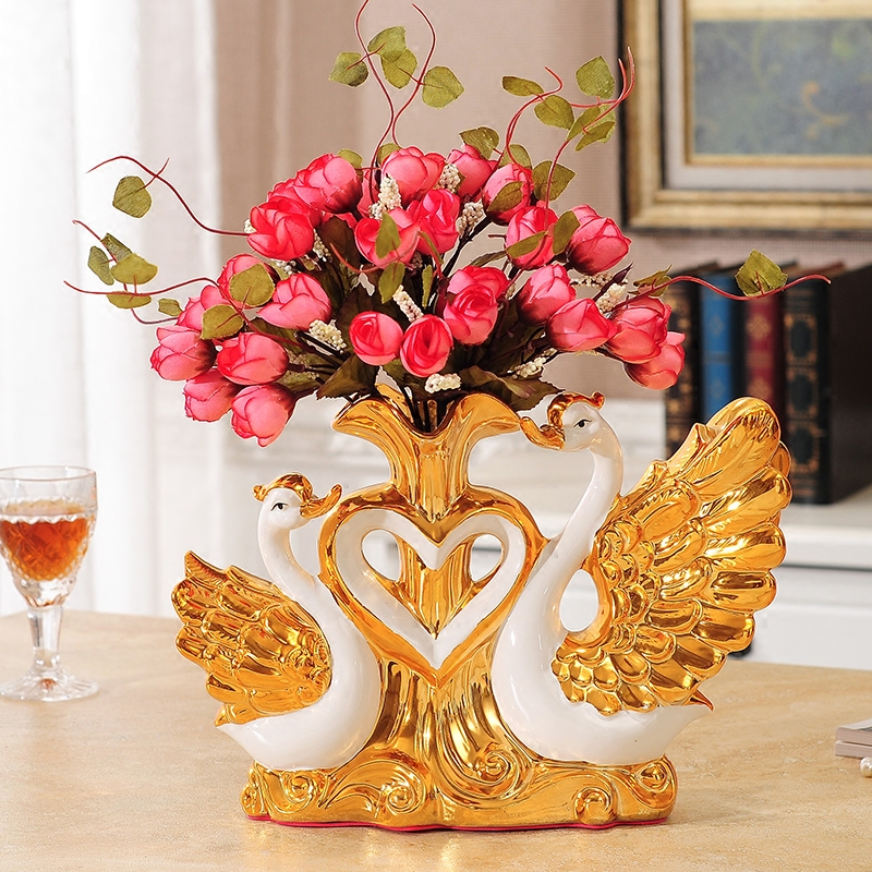 . Gold plated Wan Wedding Gift Ceramic Vase Ornaments Home Furnishing