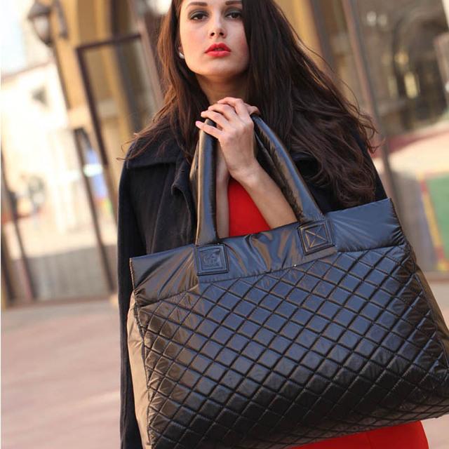 Black diamond celosía espacio temperamento deslumbran brillante chaqueta acolchada bolso de la pluma bolsa de bolsa de hombro