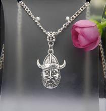 04466ceecba7 Caliente 10 unids lote plata antigua guerrero vikingo colgante encanto  collar DIY Accesorios moda mujer joyería regalos de vacac.