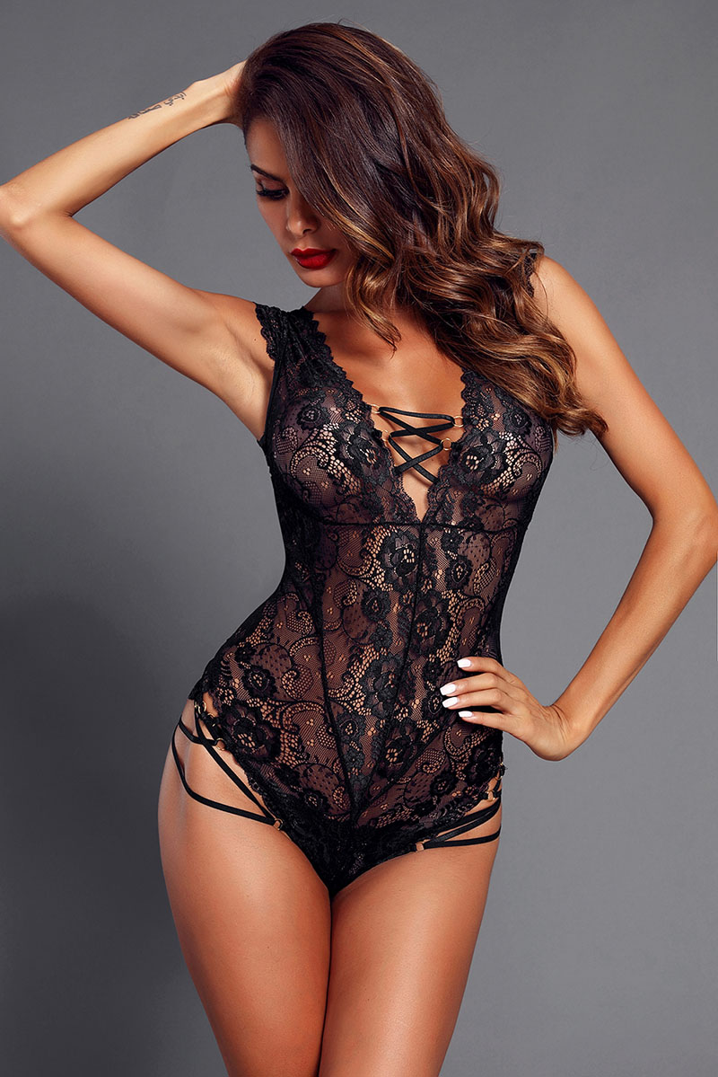Black-Capped-Lace-Sleeve-Teddy-LC32181-2-4