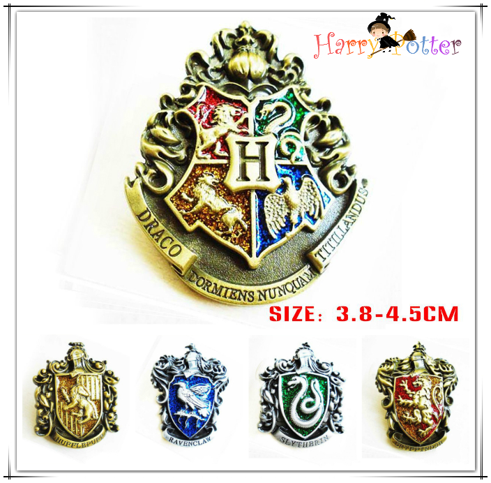 Giancomics Gryffindor Harri Potter Badge Brooch Hogwarts School Pin Ravenclaw Hufflepuff Slytherin Snake Logo Chest Button Decor