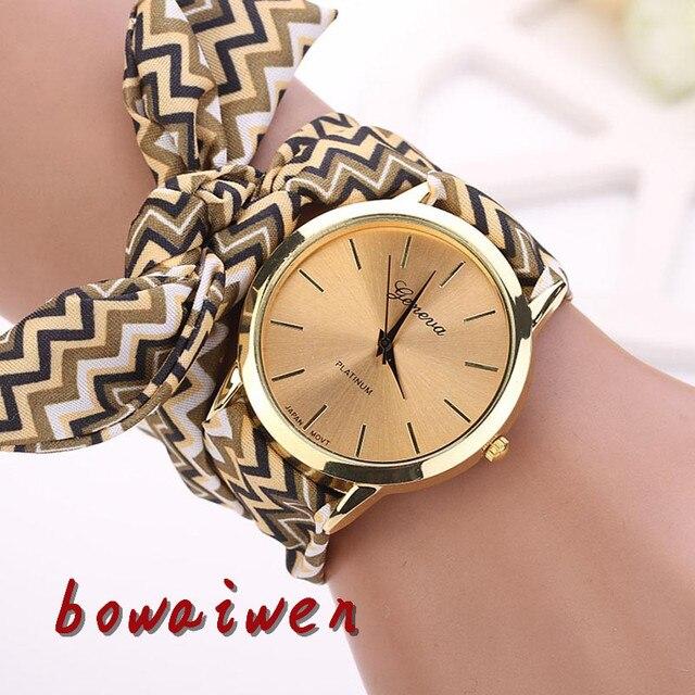 da448616c762 Bowaiwen Wonen relojes moda mujeres azteca tribal floral tela de cuarzo  dial reloj señora dress