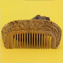 Hot sale 1pcs Natural handmade flower Green Sandalwood peony Boutique Comb hairdressing professional health care wooden Combs