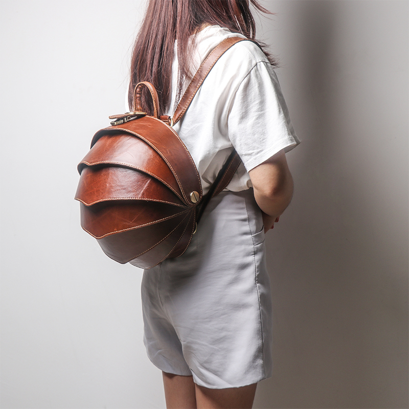 Original First Layer Leather Women Backpack Shoulder Bag Female Fashion Buckle Beetle Bag Retro Ladies Small Travel Backpacks