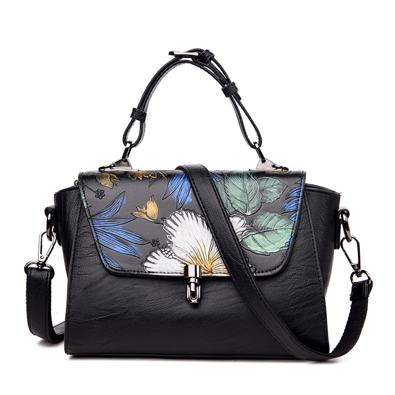 edb80491126 Fashion Chinese Style Women Floral Handbag Small Trapeze Bag Ladies Bolsos  Mujer Designer Handbags High Quality Crossbody Bags-in Top-Handle Bags from  ...