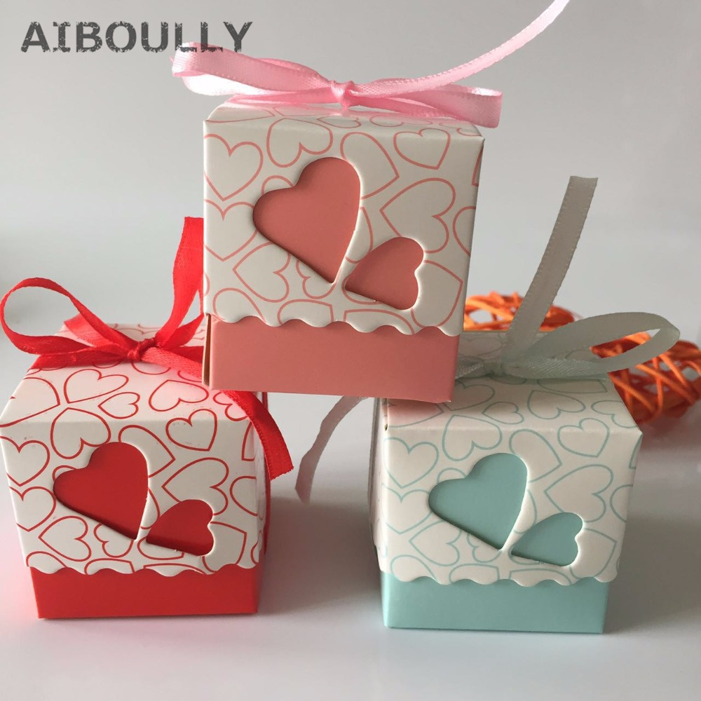 50pcs/lot DIY Beautiful Candy Box with Ribbon Wedding Birthday Favor Gift Boxes Sweet Hearts Cute Box Happy Event Supplies